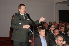 alv_symposium_201_20131013_1847362376