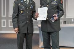 In de categorie Verbindingsdienst Techniek en Internationale Samenwerking ging de award naar kol Robert Miedema